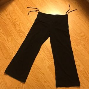 Lululemon capri yoga/workout pants